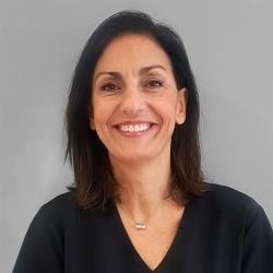 Sra. Mamen Perera Sambola, Esteticista en Medicina Ayurveda