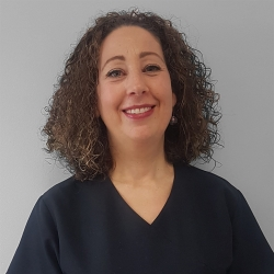 Sra. Montse Pérez Lasierra, Esteticista en Medicina Ayurveda