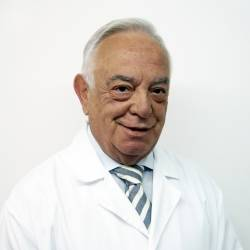 Dr. Andrés C. Escudero Fernández, Traumatòleg en Traumatologia i Cirurgia Ortopèdica