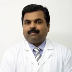 Dr. Vijay Carolin, Metge Ayurveda en Medicina Ayurveda