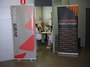 Programa de radio en las instalaciones de Avantmèdic