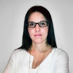 Sra. Mònica Revés Almacellas