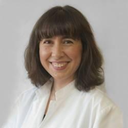 Dra. Mª Encarna Carreño Hernández, Cirurgiana plàstica en Cirurgia Plàstica, Reparadora i Estètica
