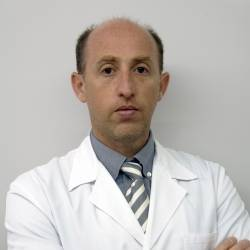 Dr. Christian Abel Schinder , Traumatòleg en Traumatologia i Cirurgia Ortopèdica