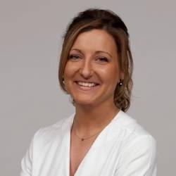 Sra. Mònica Ruiz Borrego, Quiromassatgista en Bellesa
