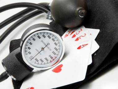 Hipertensión cartas poker