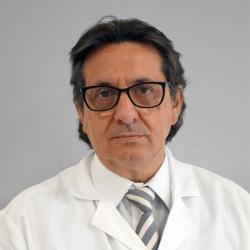 Dr. Fernando Celada Escanilla, Oftalmólogo en Oftalmología