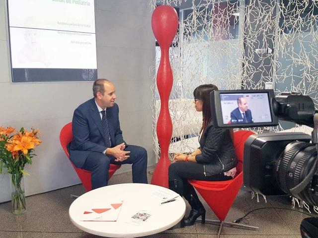 El Dr. Javier Cortés del IOB entrevistado por Mariví Chacón del programa Cafeïna de Lleida TV
