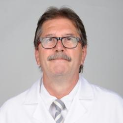 Dr. Xavier Miralbés Casterá, Médico de familia en Medicina general y Familiar y Comunitaria