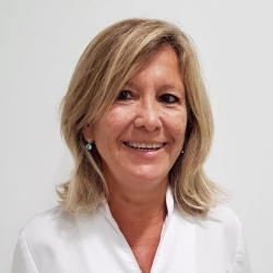 Sra. Montse Moragas Rakosnik, Técnico en diagnóstico por la imagen en URDI – Radiología