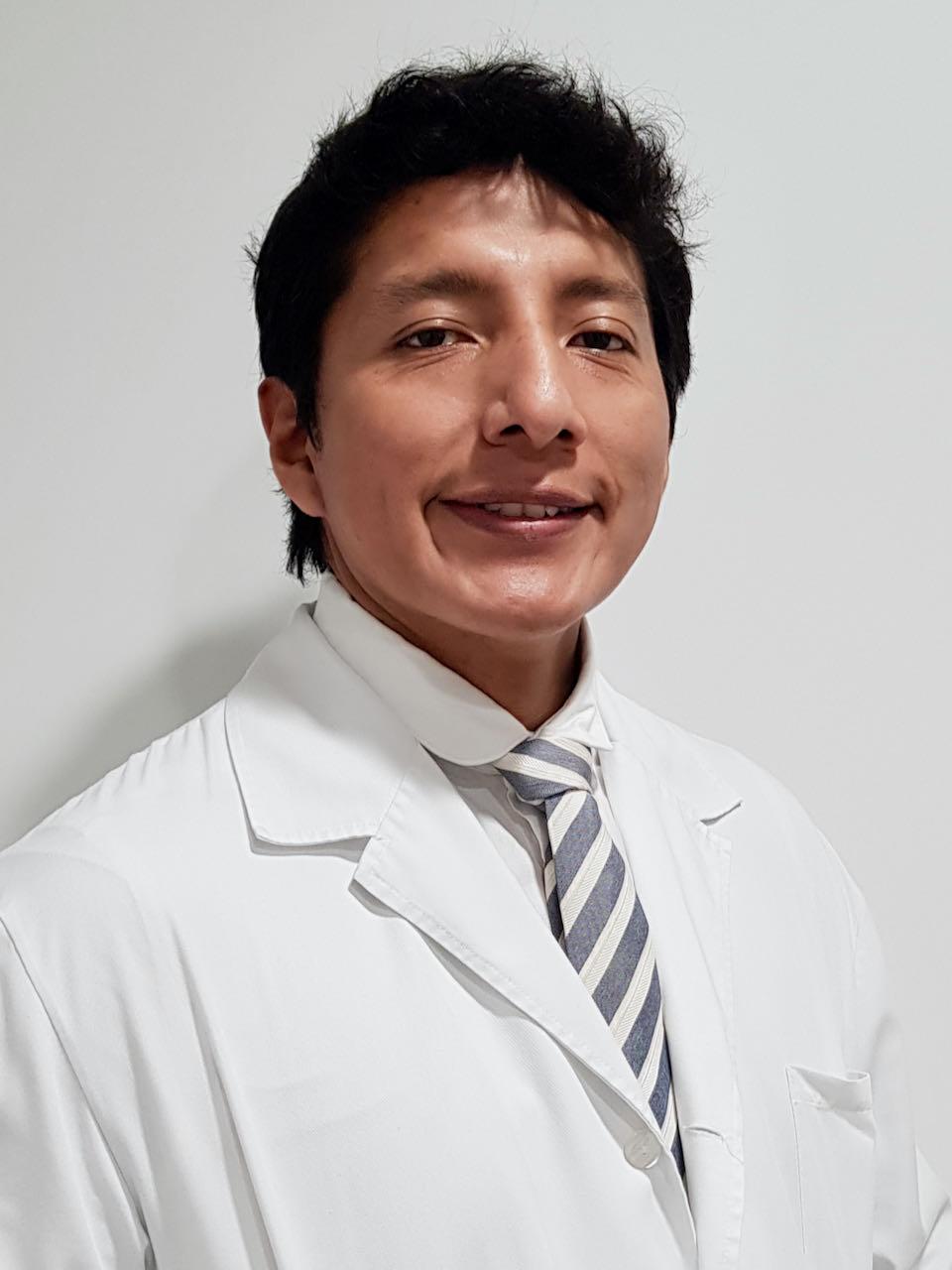 Dr. Paul Pilares Ortega
