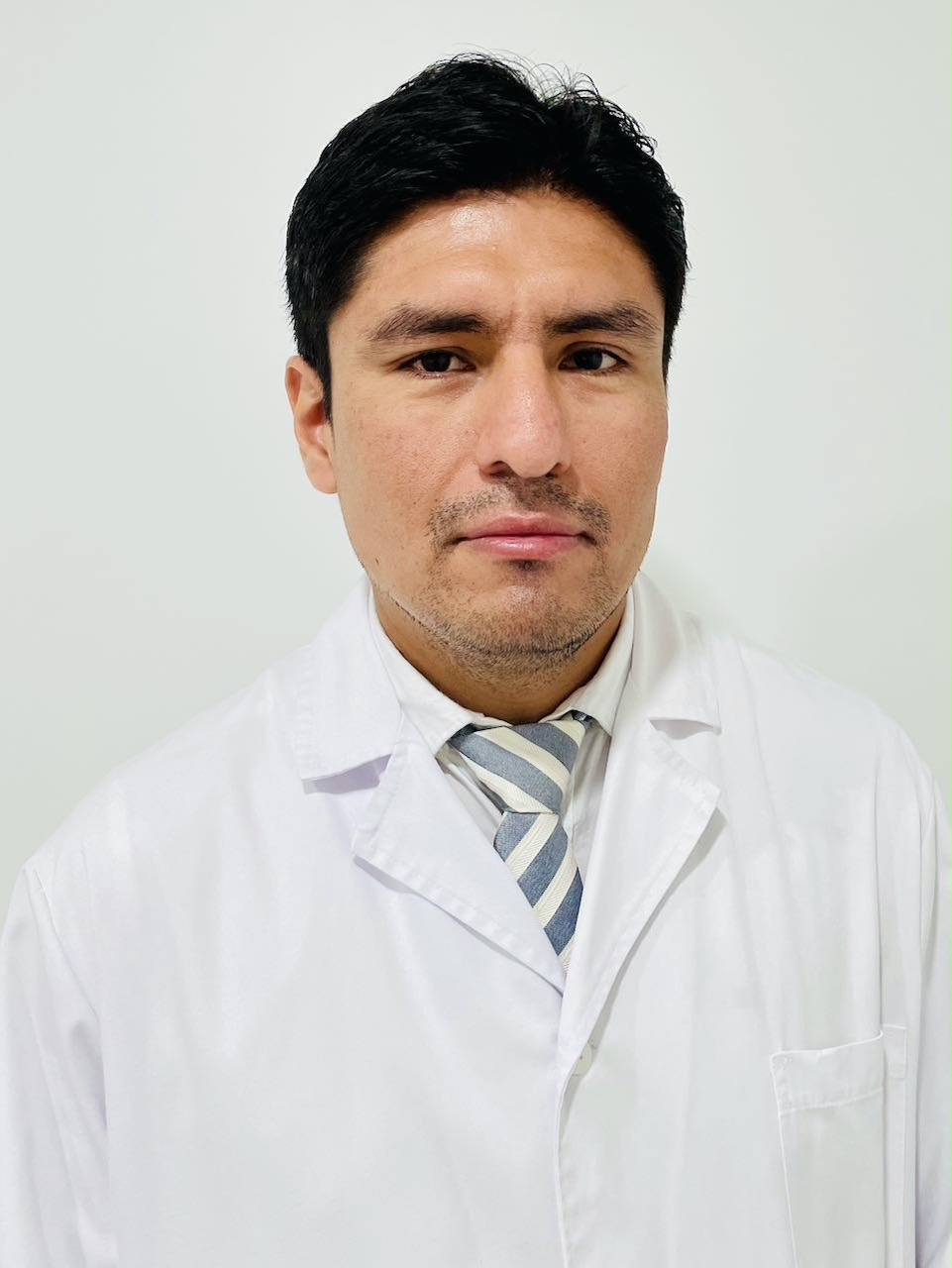 Dr. Jimy Jara Quezada