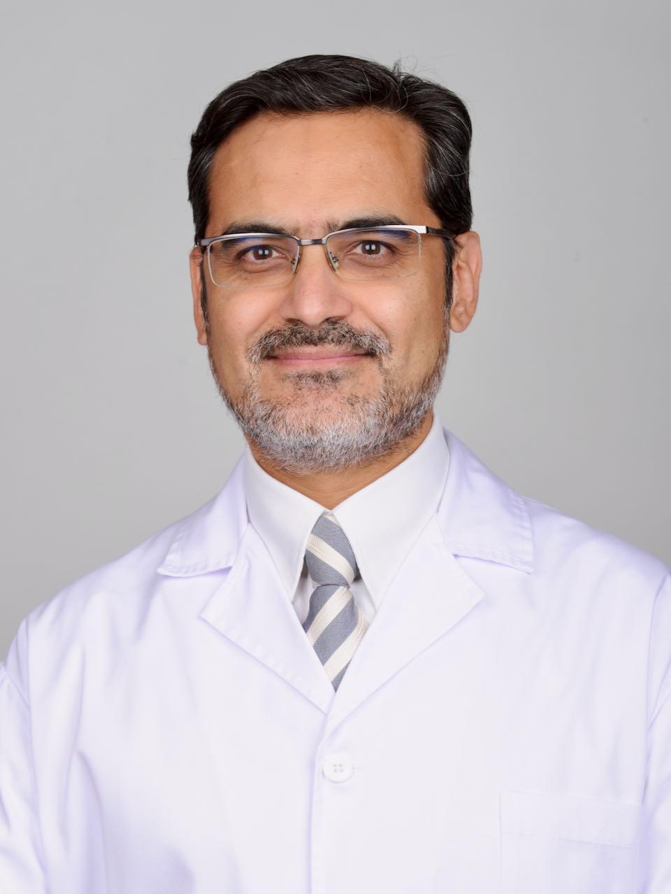 Dr. Rafael Villalobos Mori