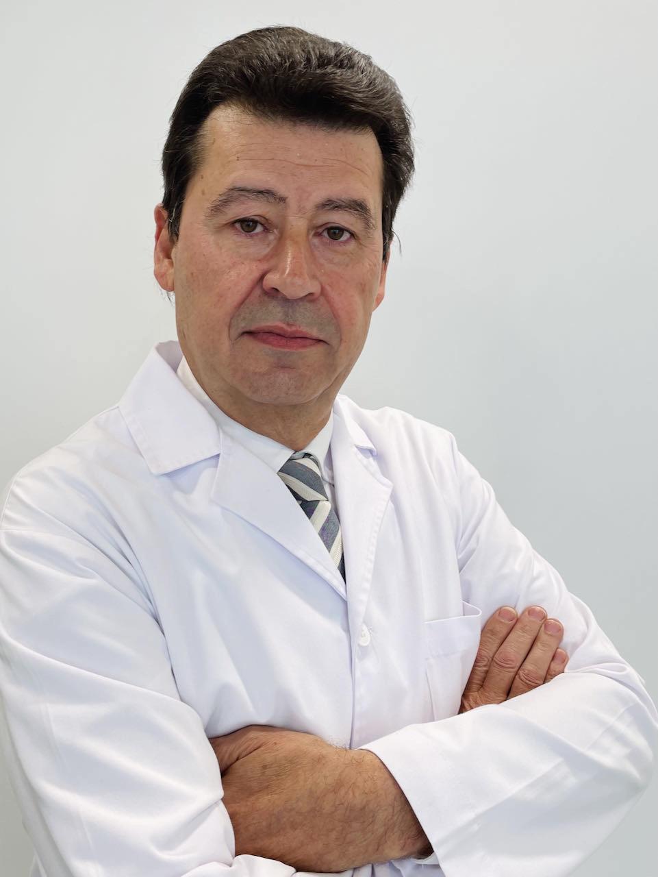 Dr. Carles Gatius Tonda