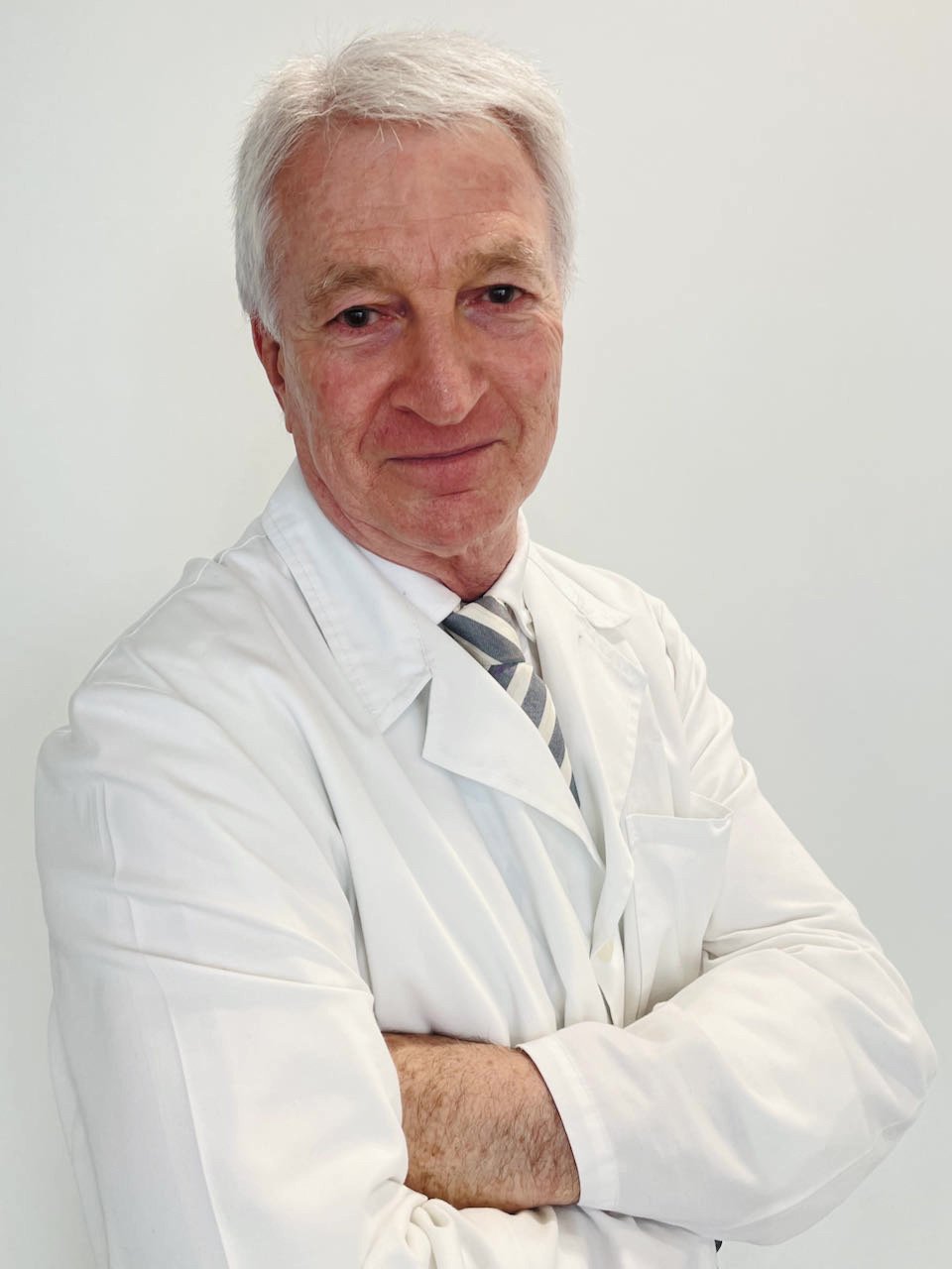 Dr. Carlos González Rodríguez