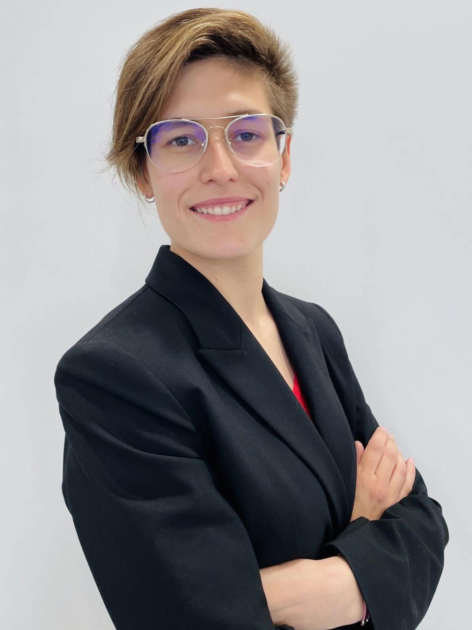 Sra. Gema Labrador Villacampa