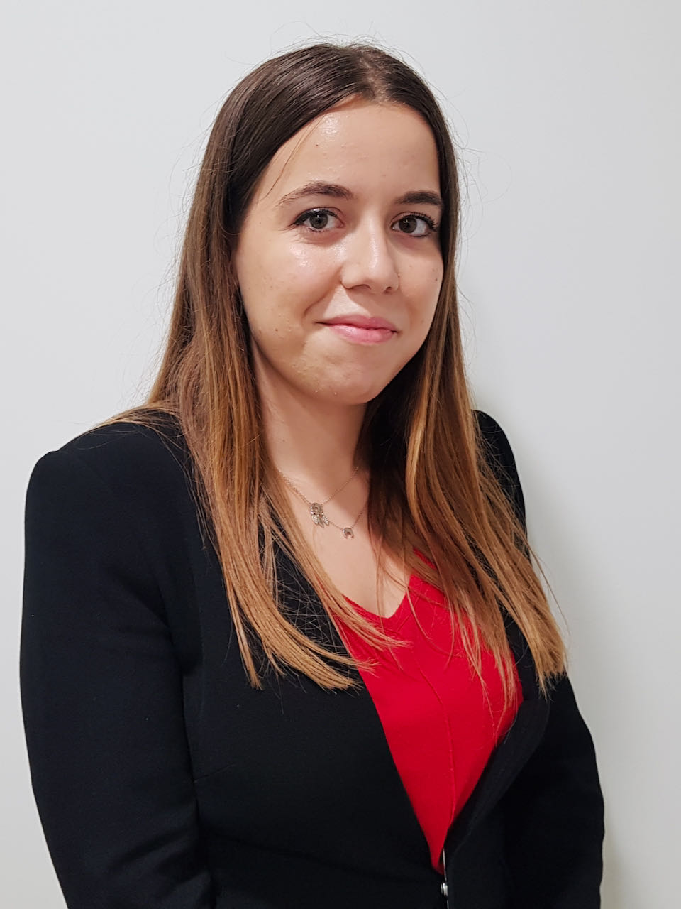 Sra. Núria Albert Masip