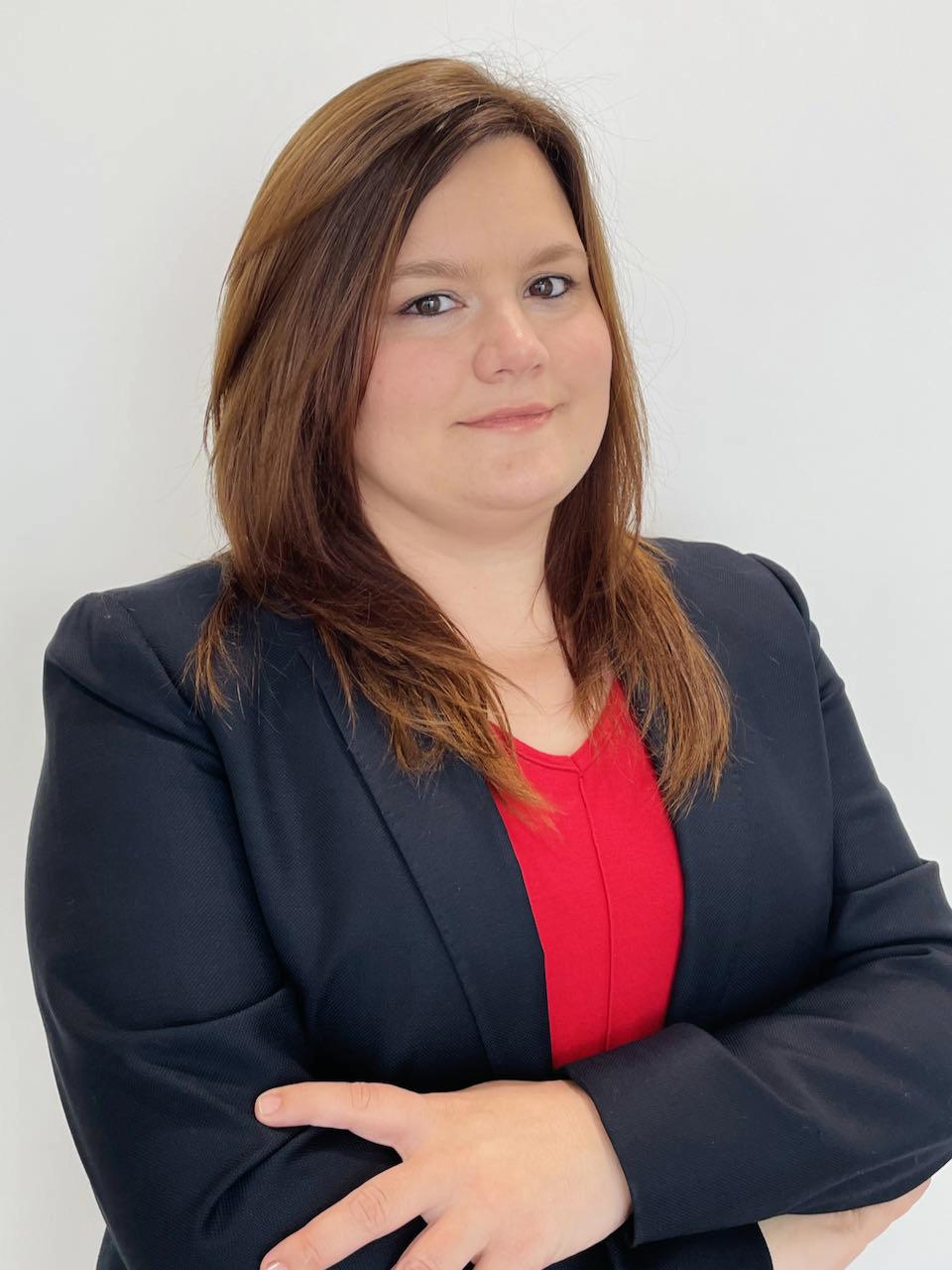 Sra. Jacqueline Monesma Martínez