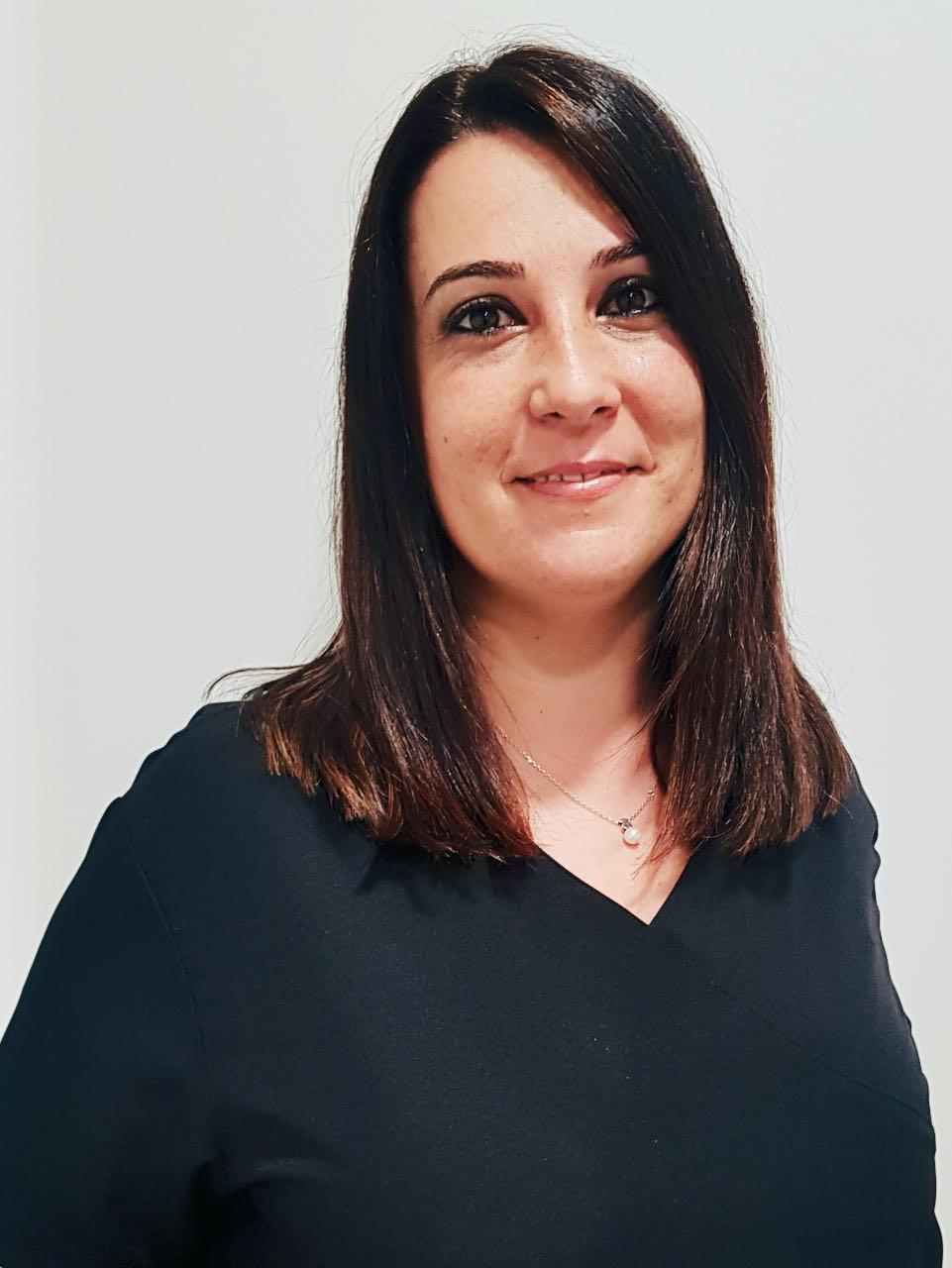 Sra. Sira Navarro Esteban